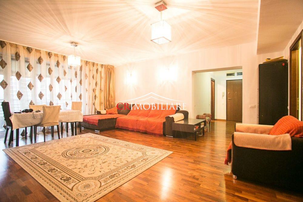 Vanzare apartament 4 camere Lux Central Park Parcul Circului