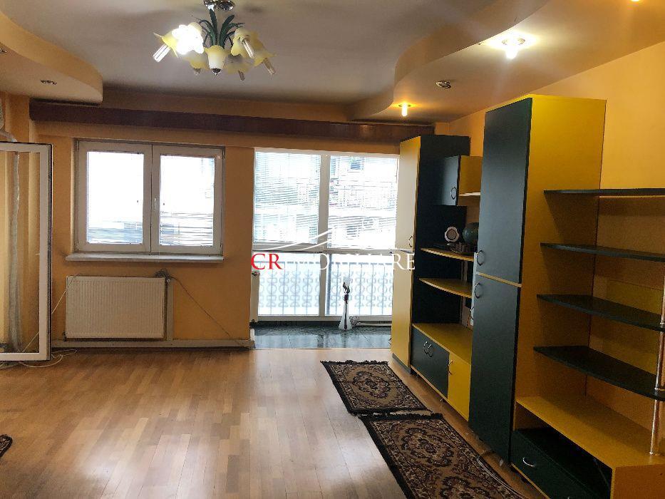 Vanzare apartament 3 camere Piata Unirii