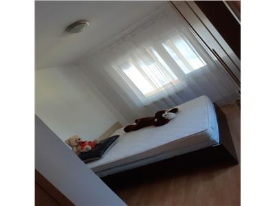 3 camere pacii Bucuresti