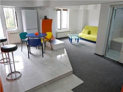 apartament cu 3 camere pe calea calarasilor Bucuresti