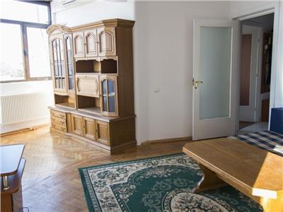 inchiriere apartament 4 camere p-ta universitatii Bucuresti