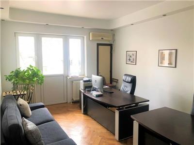 vanzare apartament 4 camere zona centrală Bucuresti