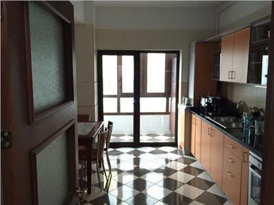 vanzare apartament 3 camere obor Bucuresti