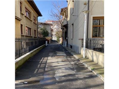 vanzare apartament 3 camere arcul de triumf Bucuresti