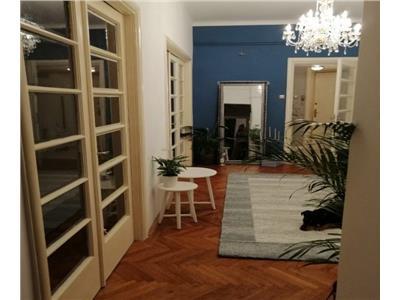 apartament 3 camere universitate Bucuresti
