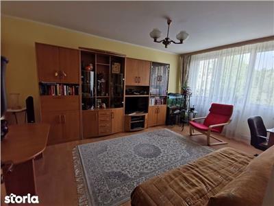 apartament cu patru camere in zona brancoveanu Bucuresti