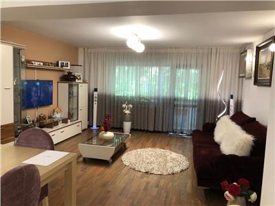 apartament lux cu 3 camere in zona vacaresti Bucuresti