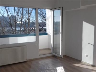 apartament 4 camere metrou lujerului Bucuresti