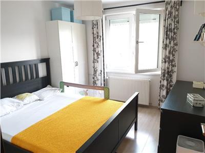 apartament 4 camere loc parcare boxa dristor metrou Bucuresti
