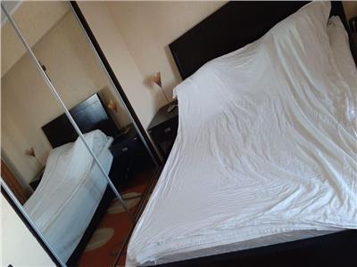 vanzare apartament 4 camere decebal monolit Bucuresti