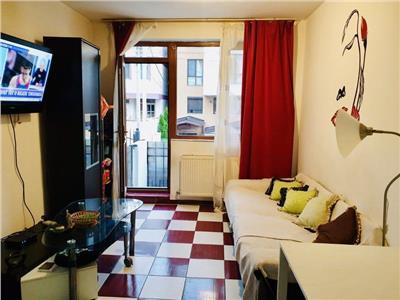 vanzare apartament 2 camere+curte+boxa bucurestii noi