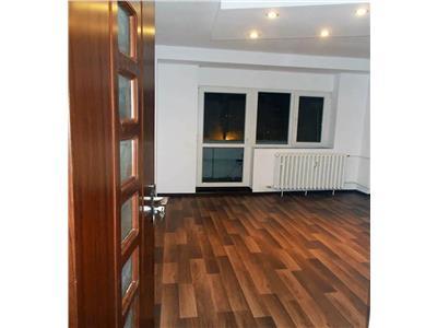 vanzare apartament 3 camere decebal Bucuresti