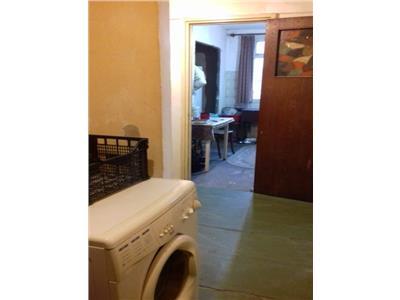 apartament 3 camere de vanzare drumul taberei Bucuresti