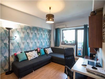 Apartament 3 camere de vanzare Crangasi