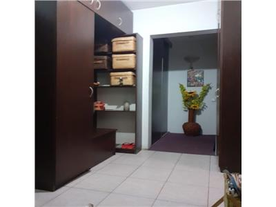 vanzare apartament 3 camere, drumul taberei/ghencea Bucuresti