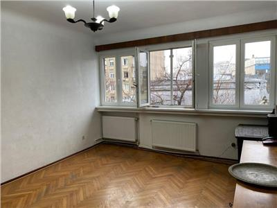 vanzare apartament 4 camere universitate Bucuresti