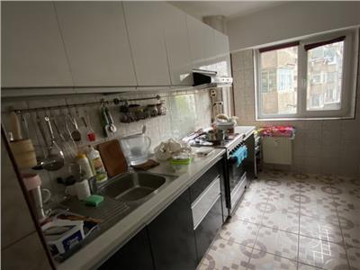 vanzare apartament 3 camere, drumul taberei Bucuresti