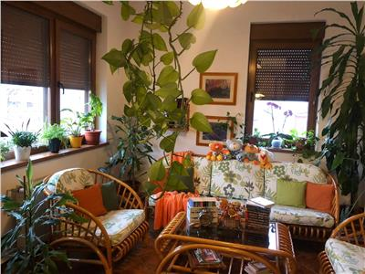 vanzare vila 8 camere exclusivista Bucuresti