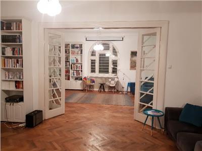 vanzare apartament 6 camere in vila, casin Bucuresti