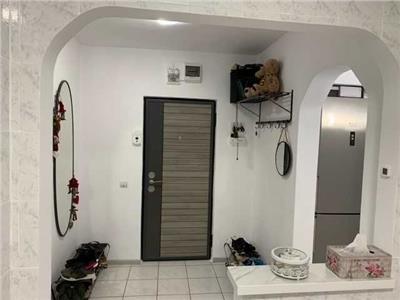 apartament de vanzare 3 camere mobilat si utilat cu loc de parcare inclus! titan Bucuresti