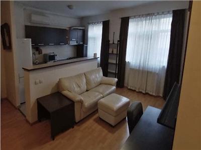 apartament 2 camere,cu loc de paracre ! Bucuresti