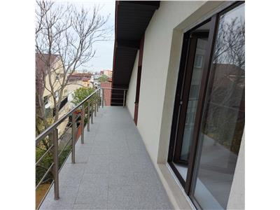 vanzare apartament 3 camere, metrou piata muncii Bucuresti