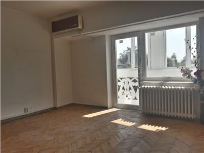 vanzare apartament 3 camere rond cosbuc Bucuresti