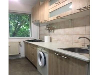 apartament de inchiriat 2 camere cu loc de paracre inclus! i Bucuresti