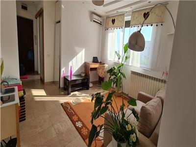 apartament de vanzare 3 camere 1 mai Bucuresti