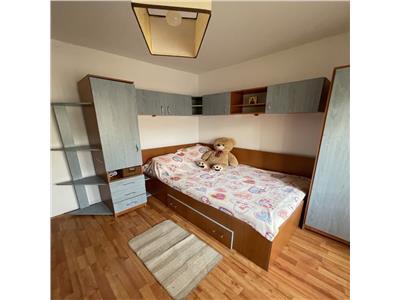 inchiriere apartament 3 camere decomandat, 13 septembrie sebastian(15 min piata unirii) Bucuresti