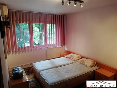 de inchiriat apartament 4 camere cu centrala proprie! Bucuresti