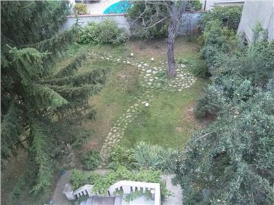 vanzare apartament 6 camere vila casin Bucuresti