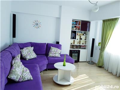 vanzare apartament 4 camere piata romana Bucuresti