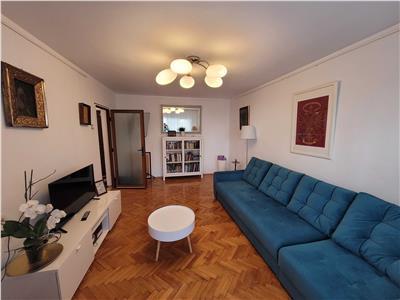 apartament 3 camere tineretului, 1 min de parc tineretului, 7-10 min metrou timpuri noi Bucuresti